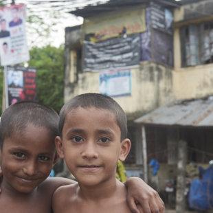 Frieds, Koral Slum, Dhaka
